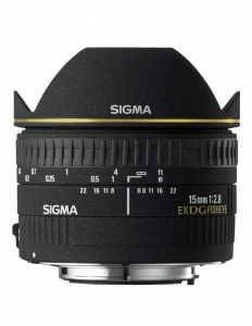 Sigma 15mm F2.8 EX DG Dia. Fisheye-Canon