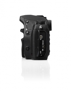Sigma SD1 Merrill + 17-50mm f/2.8 Kit