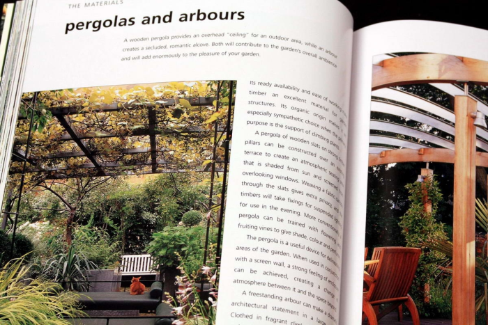 A Professional Sourcebook and Practical Guide to Garden Design. How to create a contemporary outdoor living space 3