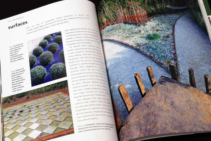 A Professional Sourcebook and Practical Guide to Garden Design. How to create a contemporary outdoor living space 4