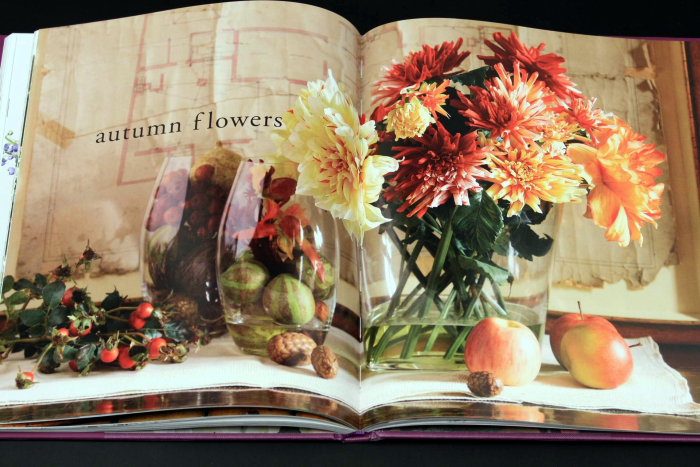 Forever Flowers: The New Approach to Decorating with Fake Flowers [6]