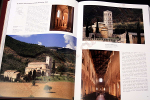 Monasteries and Monastic Orders. 2000 Years of Christian Art and Culture2
