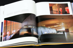 100 Contemporary Architects [4]