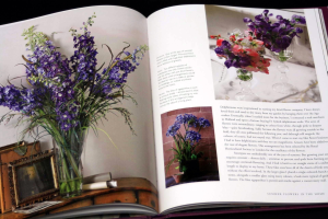 Forever Flowers: The New Approach to Decorating with Fake Flowers [5]