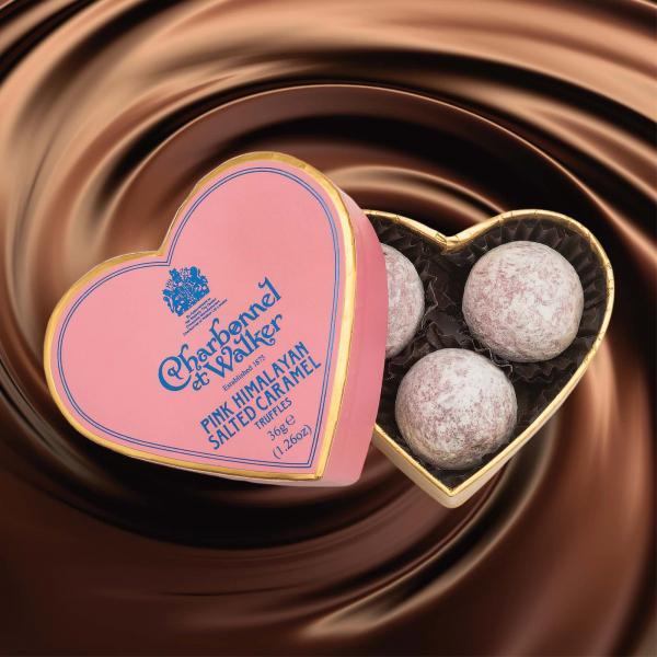 Trufe roz de ciocolata cu lapte si caramel sarat 36G - inima roz 1