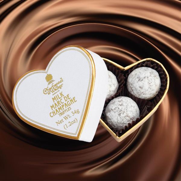 Trufe de ciocolata cu lapte Marc de Champagne 34G - inima alba 1