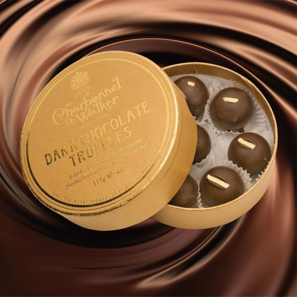 Trufe de ciocolata neagra cu petala de aur 115G 1