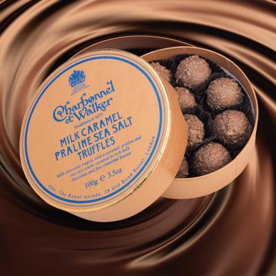 Trufe de ciocolată cu lapte, praline și caramel sărat 100G1
