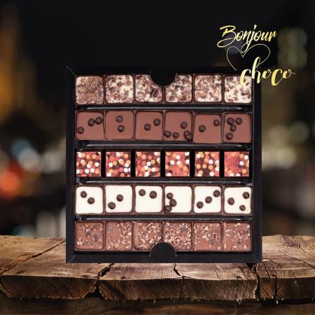 Asortiment bomboane de ciocolată cu cafea3