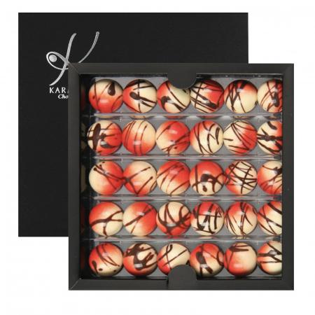 Cosmopolitan - Bomboane de ciocolată0