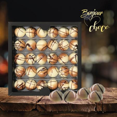 Pina Colada - Bomboane de ciocolată3