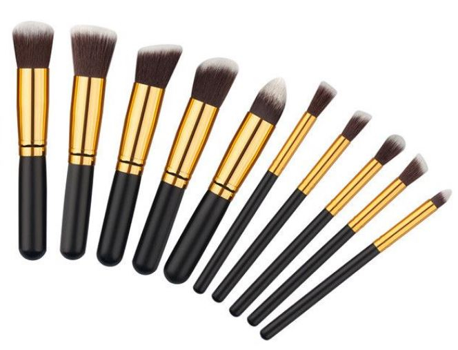 Set 10 Pensule Profesionale Top Quality Kabuki cu Etui, Gold Edition-big