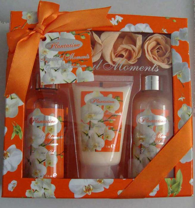 Pachet Promotional VILLAGE COSMETICS Orange cu Flori de Portocal-big