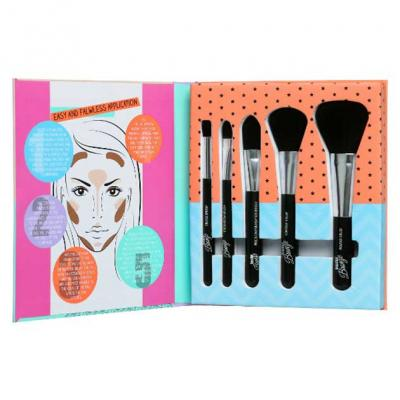 Set 5 Pensule pentru Conturare si Blending SUNKissed Beautiful Bronze Tools Of The Trade Brush Set