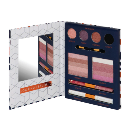 Set Carte Cadou cu Makeup Technic Love & Kisses Beauty Book