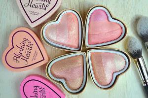 Blush Iluminator Makeup Revolution I Heart Makeup Blushing Hearts - Peachy Keen, 10g2