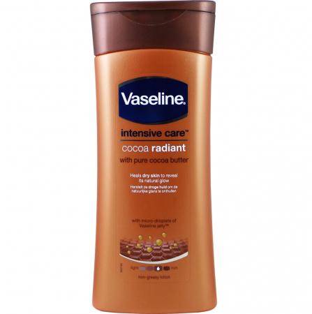 Lotiune de corp pentru piele uscata cu Unt de Cacao pur Vaseline Intensive Care Cocoa Radiant, 200 ml