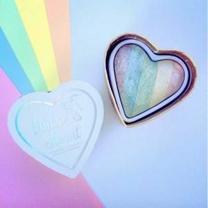 Iluminator Makeup Revolution I Heart Makeup a Rainbow Highlighter made by unicorns - Unicorns Heart4