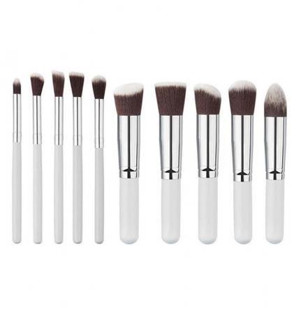 Set de 10 Pensule Profesionale Top Quality Kabuki Lilyz, White