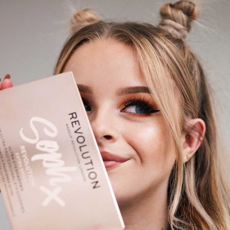 Paleta de farduri Makeup Revolution Soph X Eyeshadow Palette, Extra Spice, 18 Nuante9