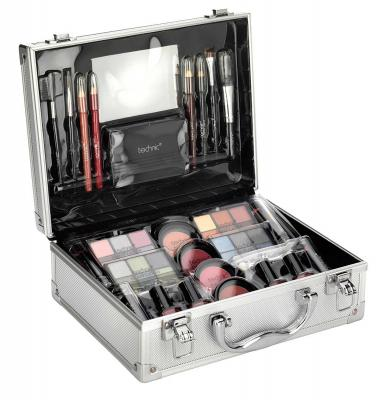 Valiza completa pentru Machiaj TECHNIC Large Beauty Case With Cosmetics