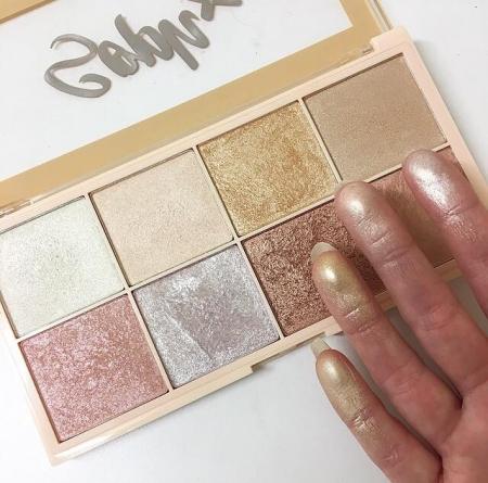 Paleta Iluminatoare Makeup Revolution Soph X Highlighter Palette, 8 nuante x 2g6
