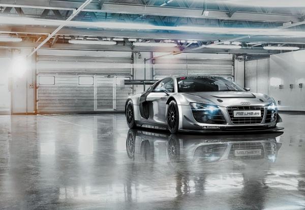 Fototapet 8-957 Audi R8 Le Mans 0